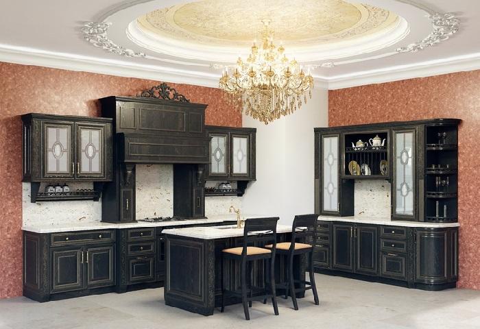Классическая черная кухня с золотом на заказ в