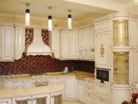 Белая кухня с патиной классика ARVA