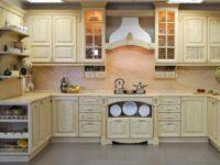 Кухня из массива дерева от производителя ARVA