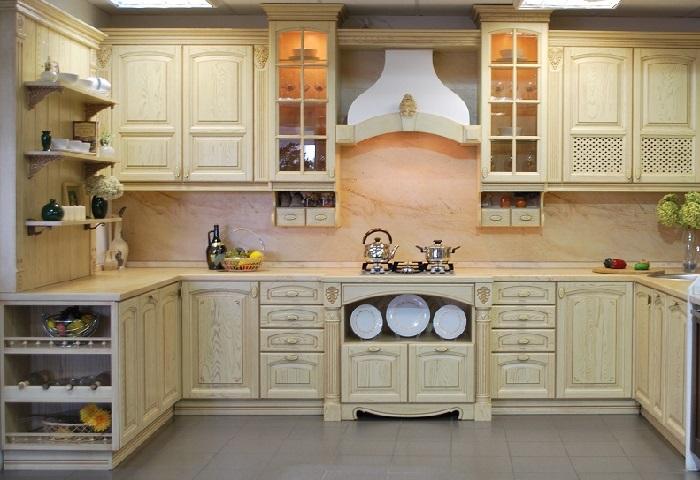 Кремовая кухня из массива дерева от производителя в
