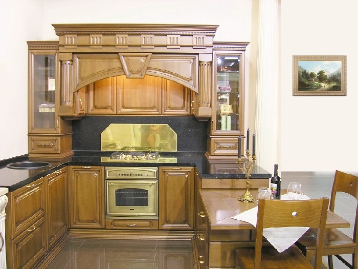 Дизайнерская кухня с порталом.